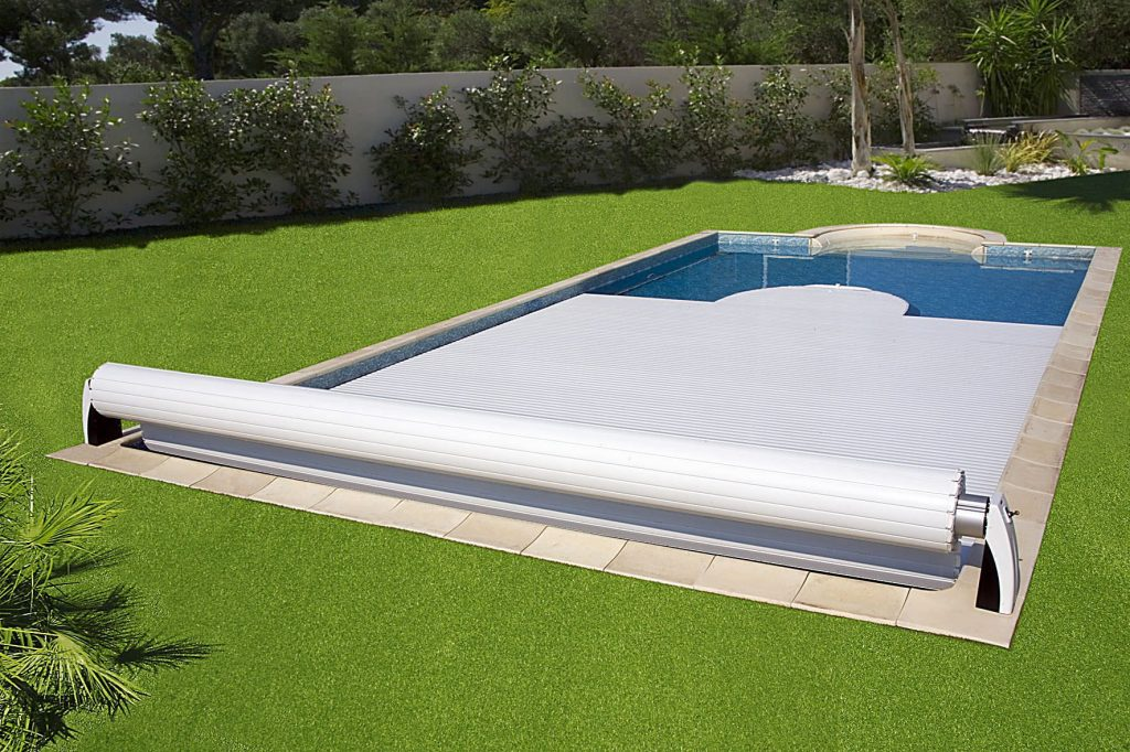 Kaenz-blankets-pools-security-automatic